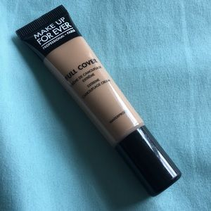 Make Up For Ever Full Cover Concealer in Shade 10